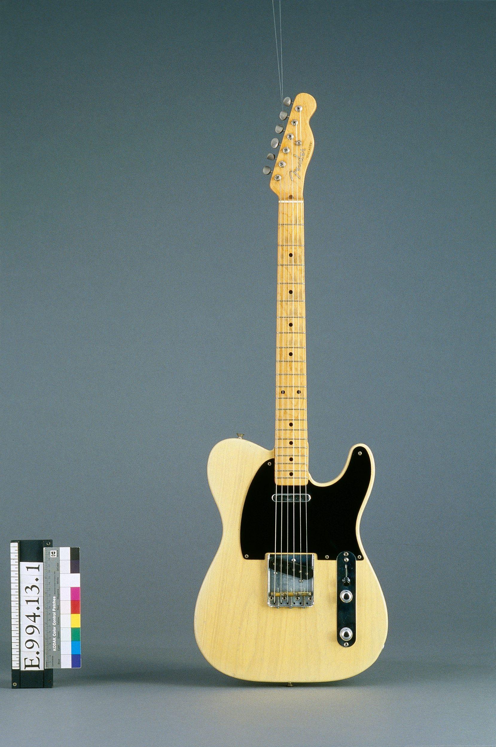 Guitare électrique modèle Telecaster   Fender