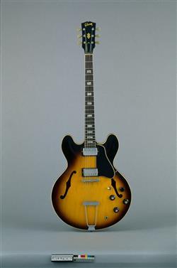 Guitare électrique modèle ES-335 TD | Gibson