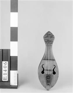 Reconstitution de rebec | Auguste Tolbecque