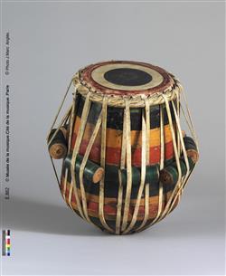 Tambour sur fût tronconique | Anonyme