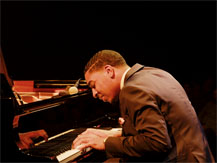 "Jazz à la Villette : Christian Sands Trio ""Tribute to Erroll Garner"" 